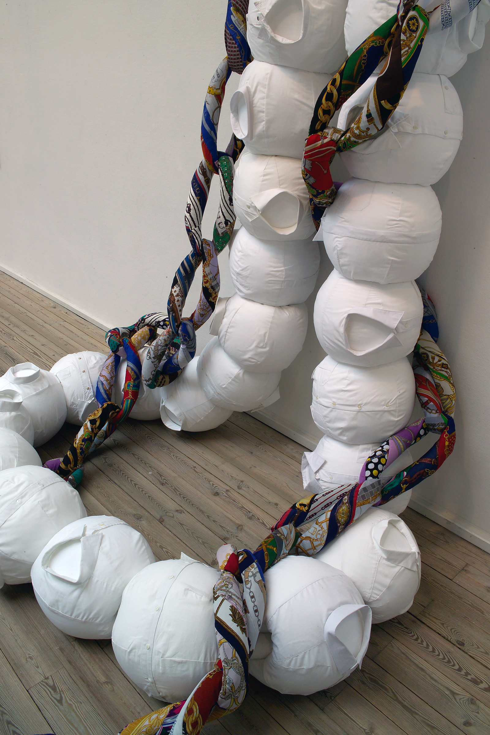 String and Chain, 2005